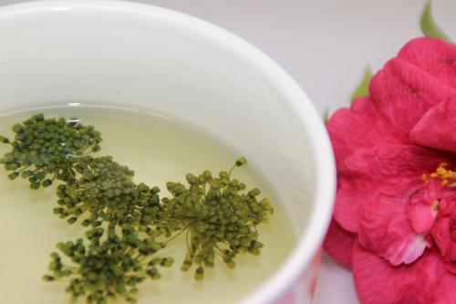 三七花和玫瑰花泡水喝的功效