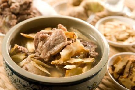 土茯苓煲汤的功效与作用