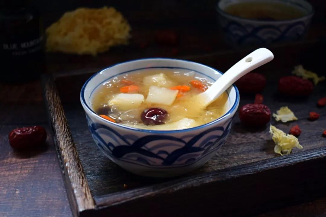 铁皮石斛四款养生滋补汤的做法