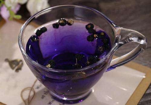 黑枸杞泡水喝的方法,水量、水温等问题