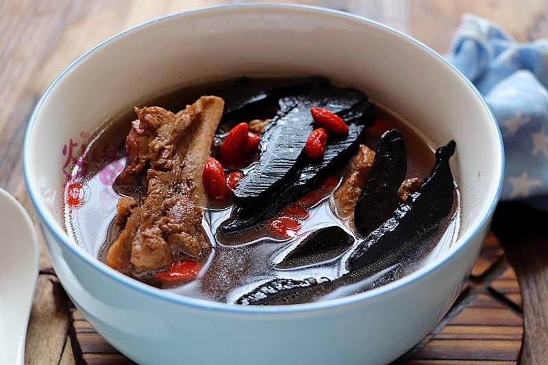 灵芝煲汤好还是泡水喝好
